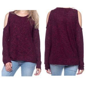 ➕cold shoulder sweater